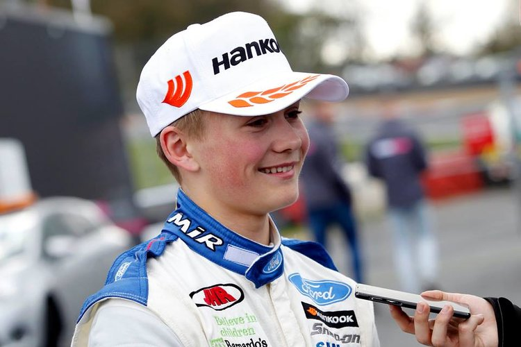 Billy Monger piernas accidente