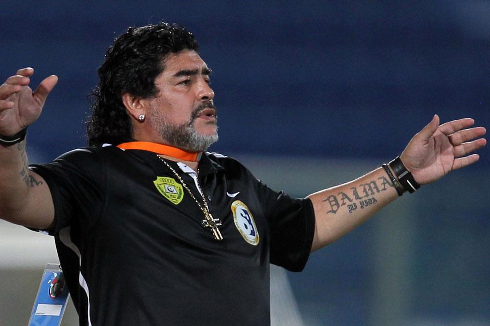 Diego Armando Maradona director técnico Al-Fujeirah SC