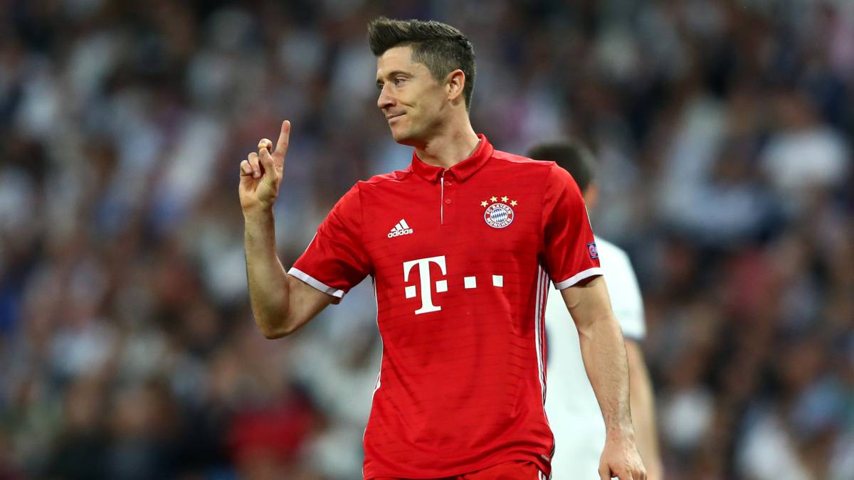 Robert Lewandowski Billar Asia Bayern Munich