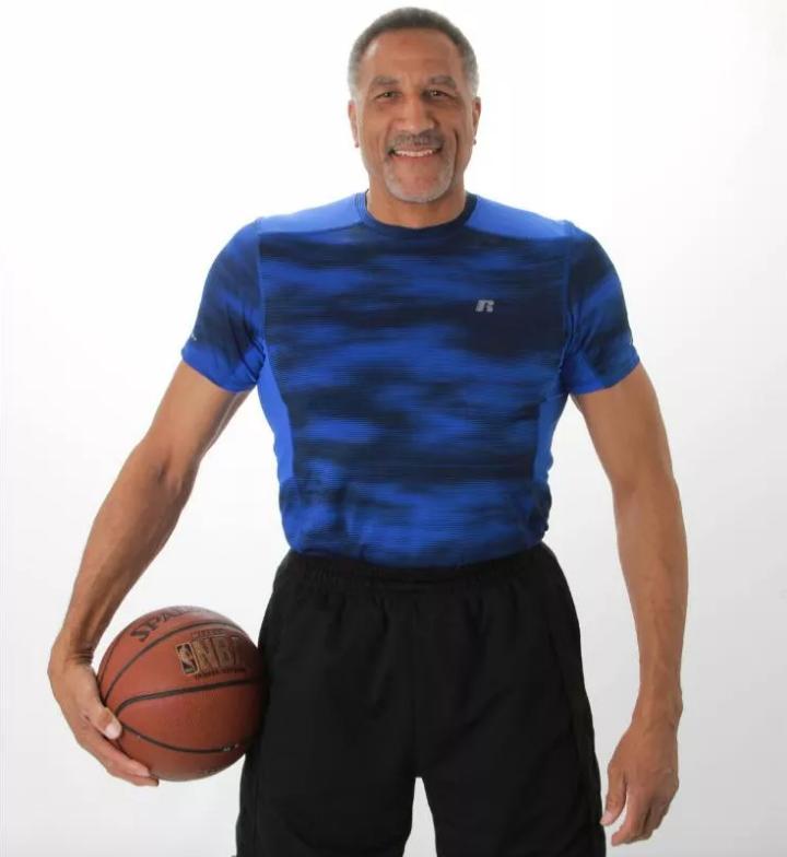 NBA Summer League, retorno, 61 años, Calvin Roberts