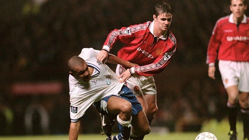 Philip Mulryne, Manchester United, Premier League, futbol, sacerdote, ex futbolista