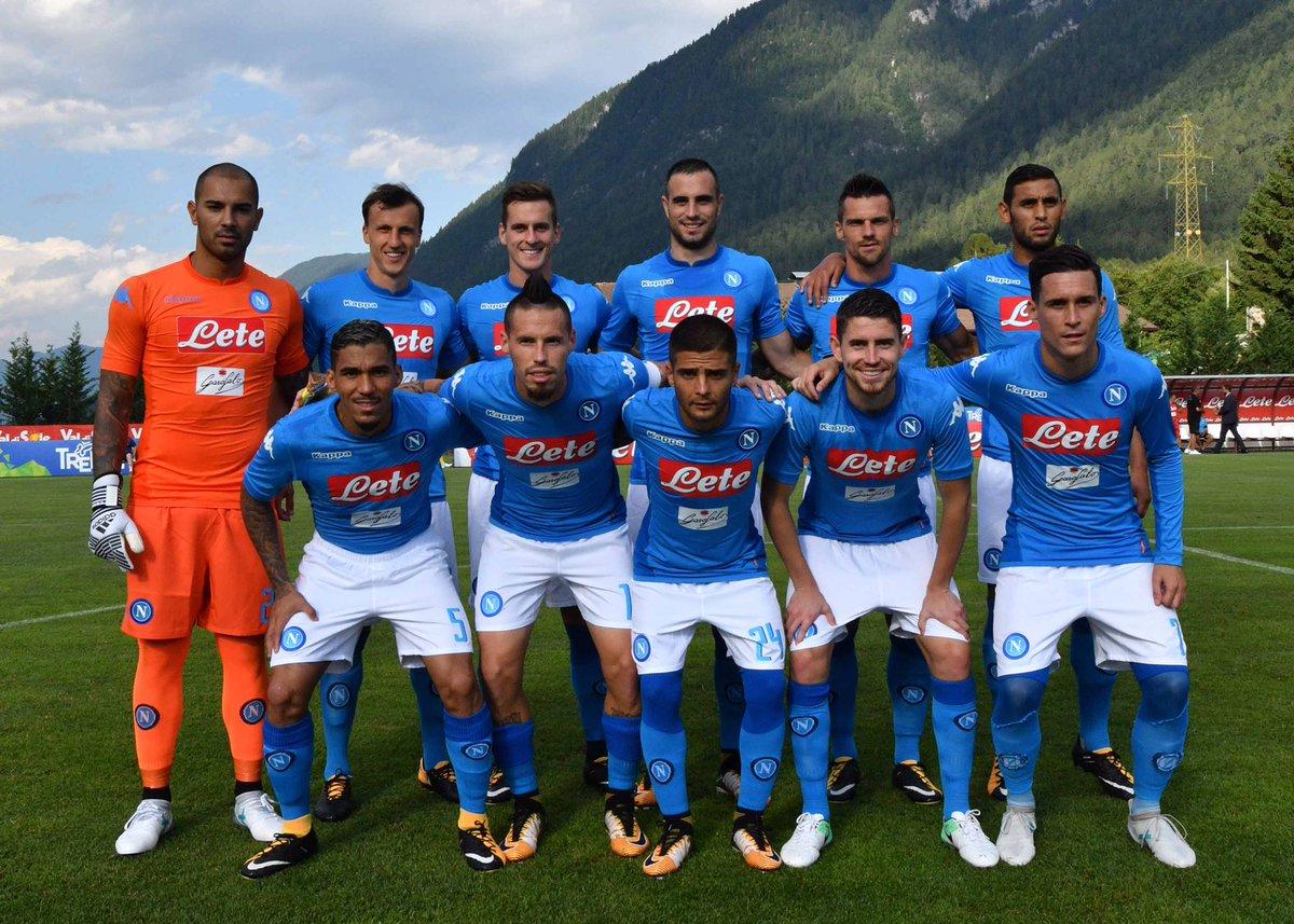 Napoli pretemporada 17-0 Bassa Anaunia goleada