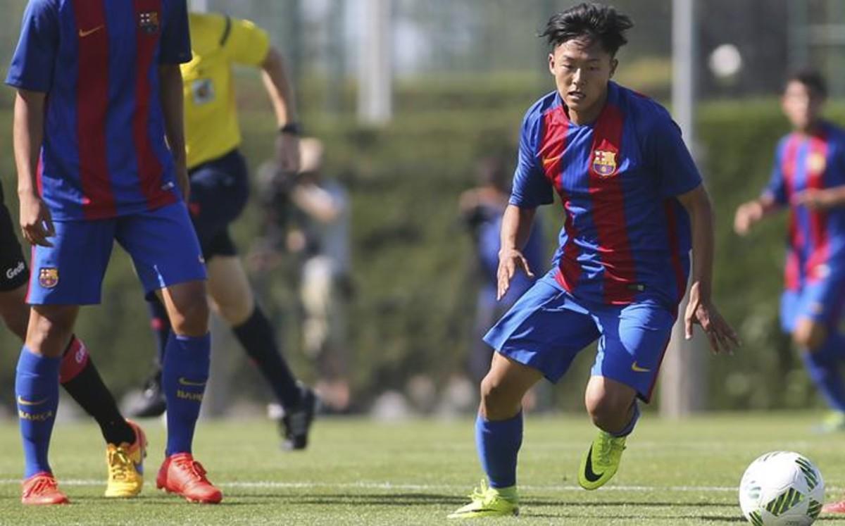 Barcelona, Messi asiático, asiatico, Mesi, Seung-Woo Lee, abandona equipo, Italia, Hellas verona