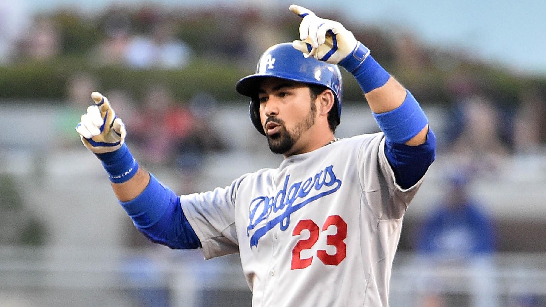Adrián González Dodgers Regreso Vinicio Castillo Empate Récord