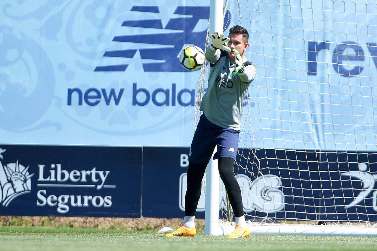 Raúl Gudiño, Apoel, Porto, Champions League, Real Madrid, portero, portero mexicano, Borussia Dortmund, Tottenham