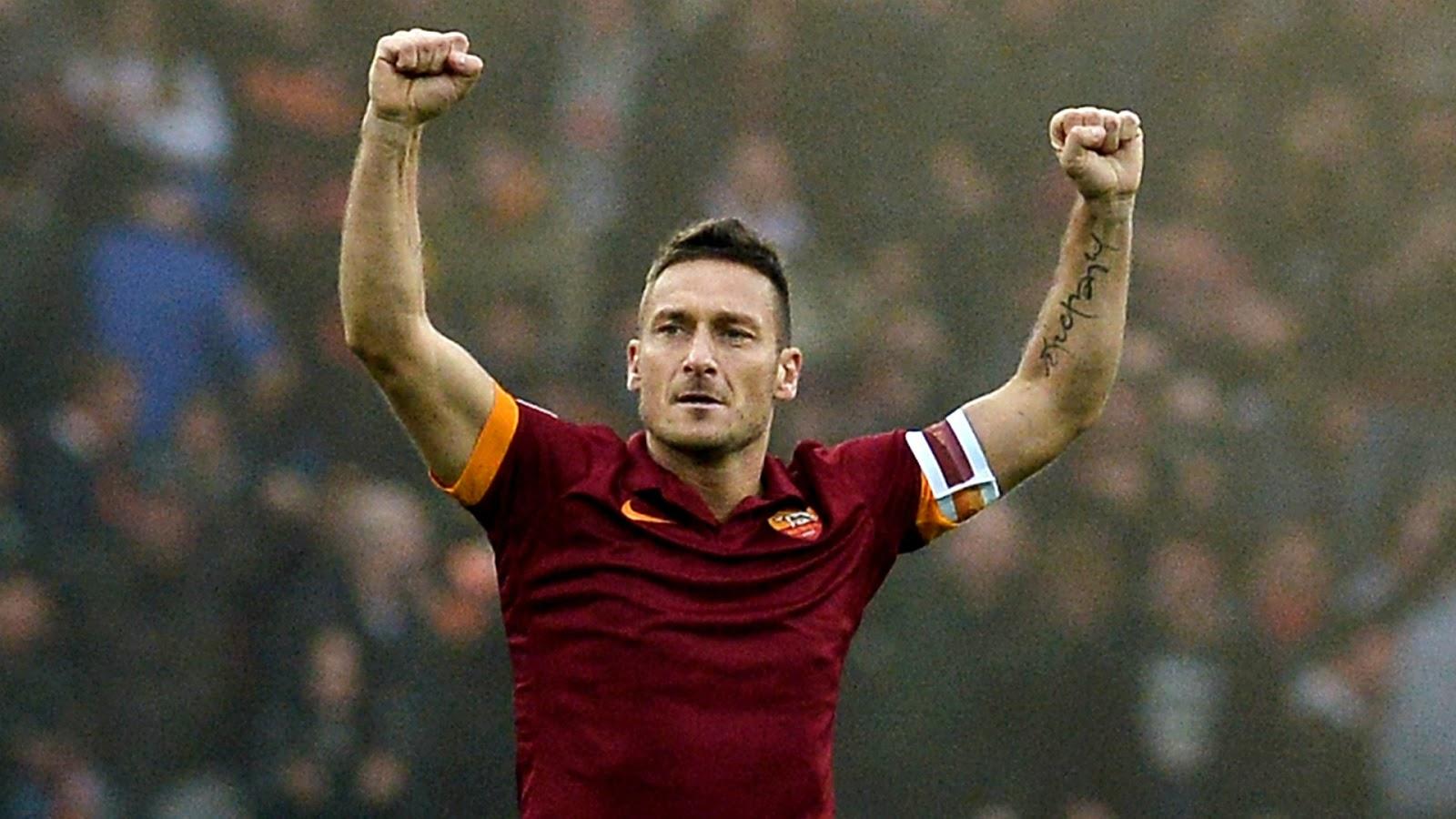 Playera, Francesco Totti, lanzada al espacio, Roma, ultima, futbolista, Vector Vega