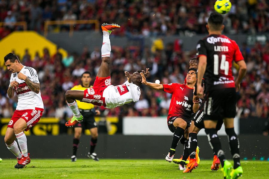 Avilés Hurtado Puskas The Best gol video FIFA mejores goles
