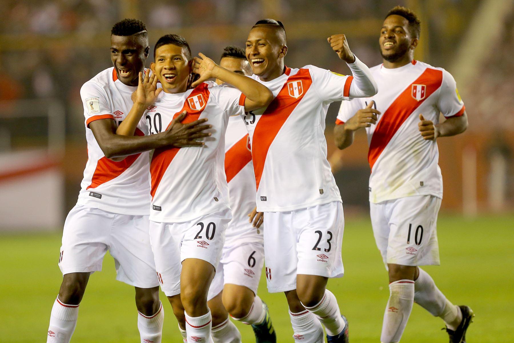 Perú, declara, día de asueto, por partido con Colombia, gobierno, Mundial, Rusia 2018, Conmebol