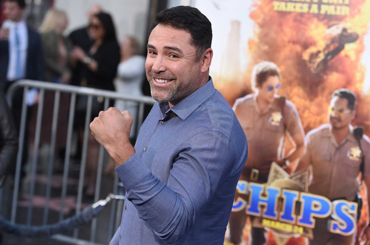Oscar De La Hoya, Quiere regresar al box, contra Connor McGregor, 2 rounds, se prepara, Golden Boy Radio, Golden Boy Promotions, Boxeo, profesional, retiro