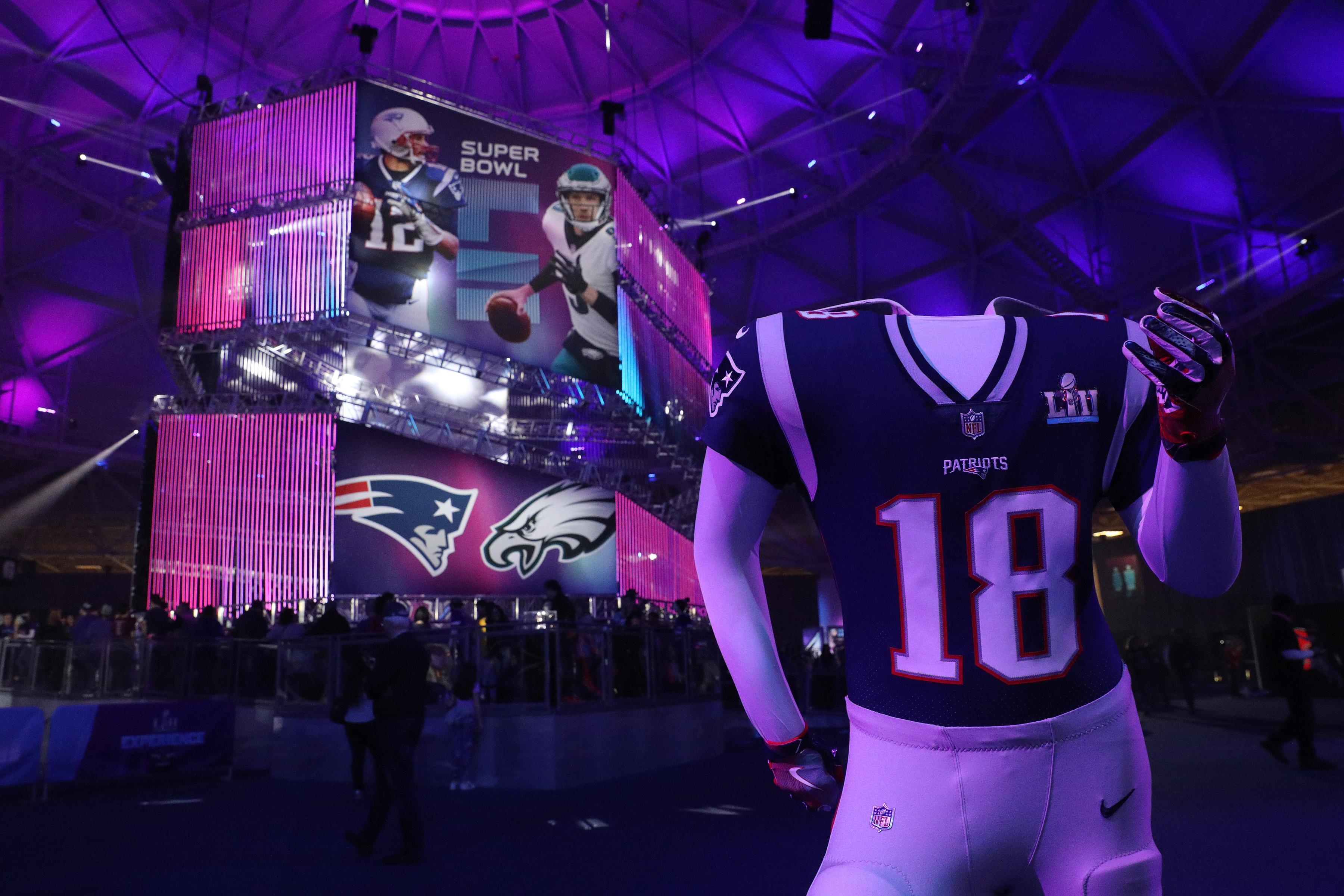 Apuestas, insólitas, Super Bowl LII, Eagles, Philadelphia, Patriots, New England, Tom Brady, himno nacional, espectáculo medio tiempo, Donald Trump