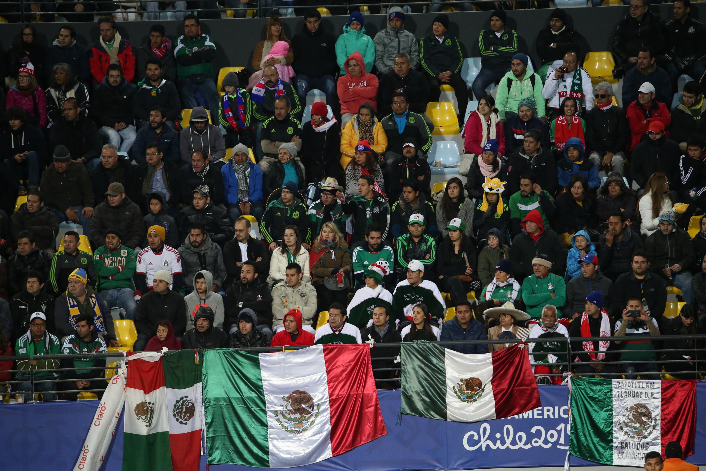 Afición Pelea Selección Mexicana Alamodome Tri