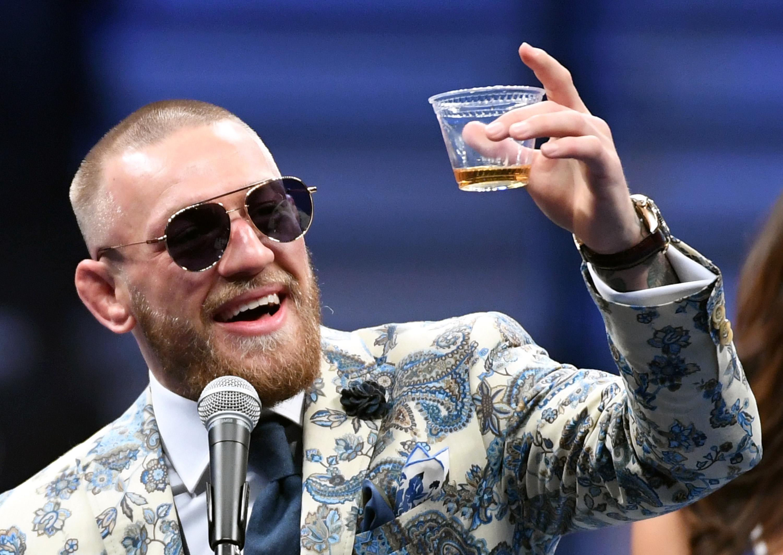 Conor McGregor batalla legal tienda ropa cosméticos