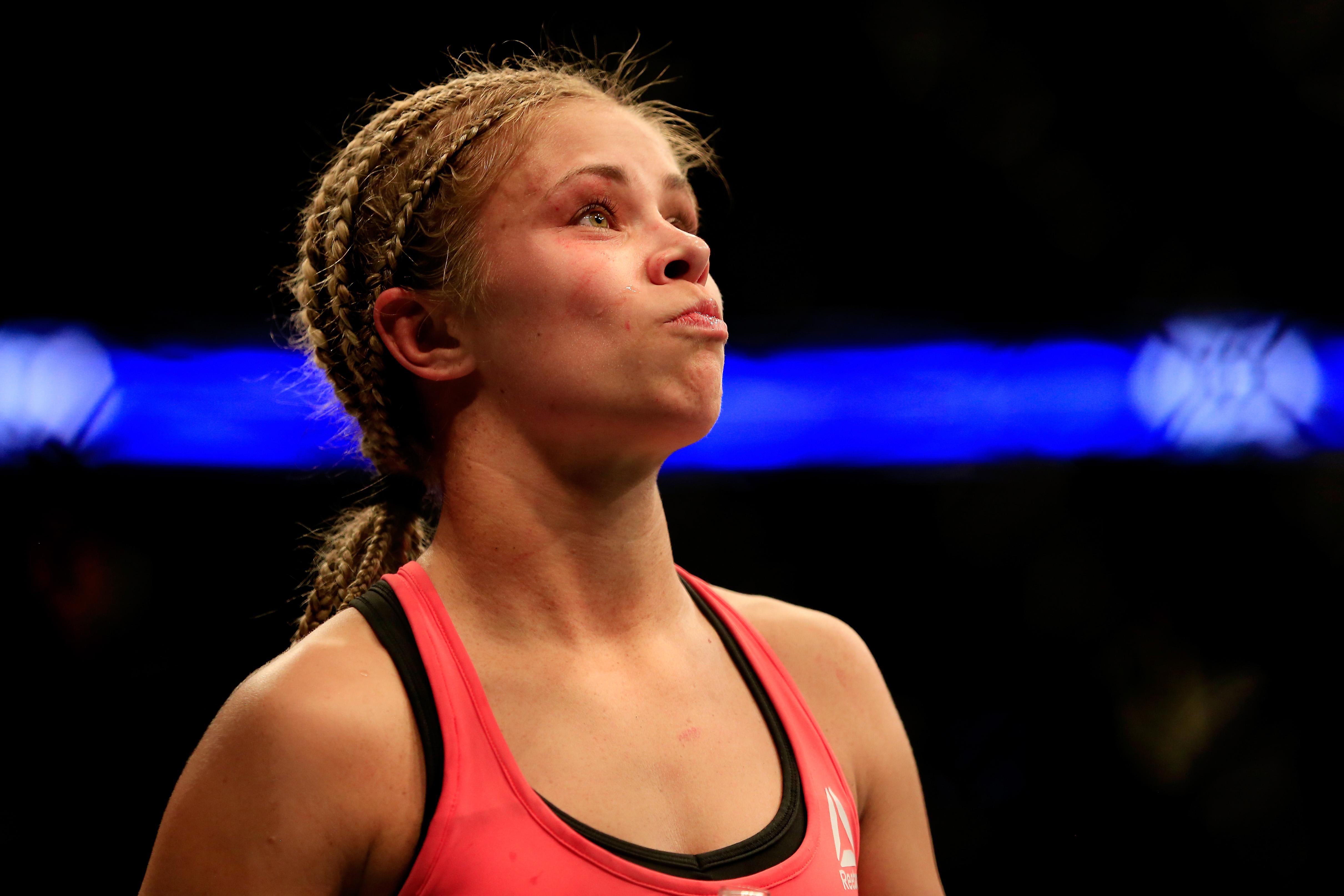 Paige VanZant Peleadora UFC revela víctima violación abuso sexual