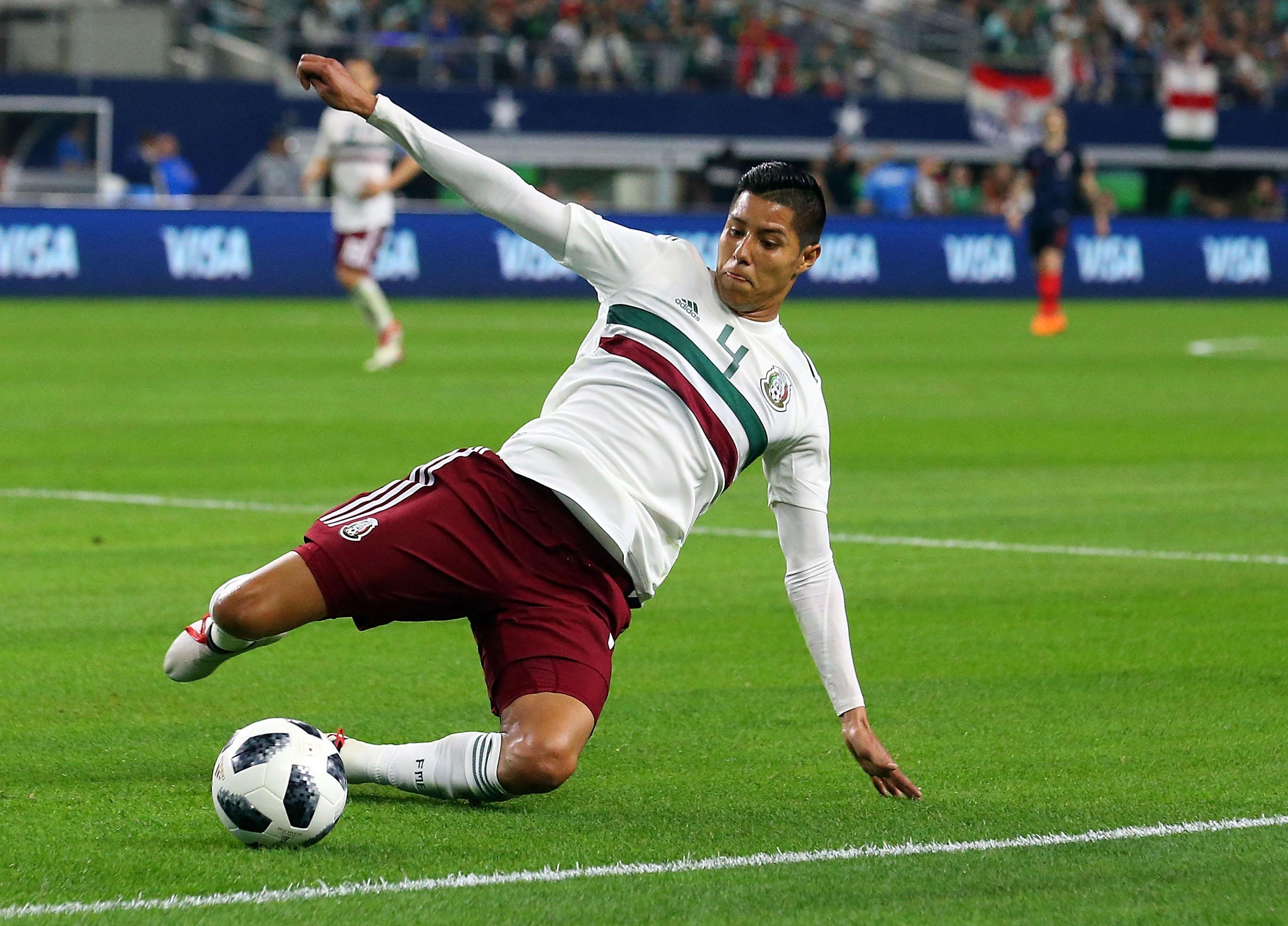 Hugo Ayala Posible Refuerzo Chivas Guadalajara
