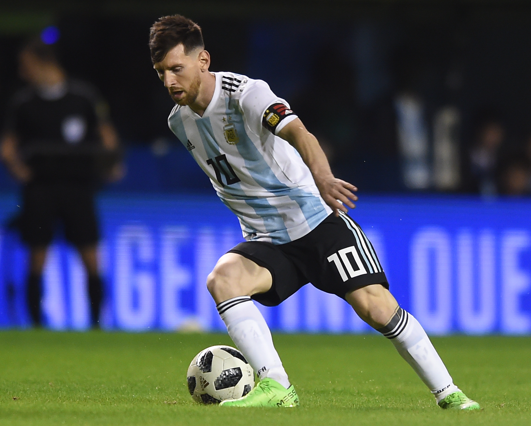 BUENOS AIRES, ARGENTINA - MAY 29: Lionel Messi of Argentina drives the ball during an international friendly match between Argentina and Haiti at Alberto J. Armando Stadium on May 29, 2018 in Buenos Aires, Argentina.