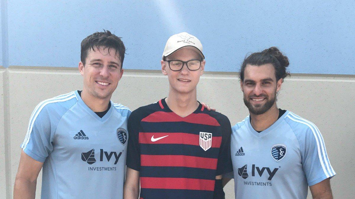 Estados Unidos, Fichan, Joven, Cáncer, Sporting Kansas City, Victory Project
