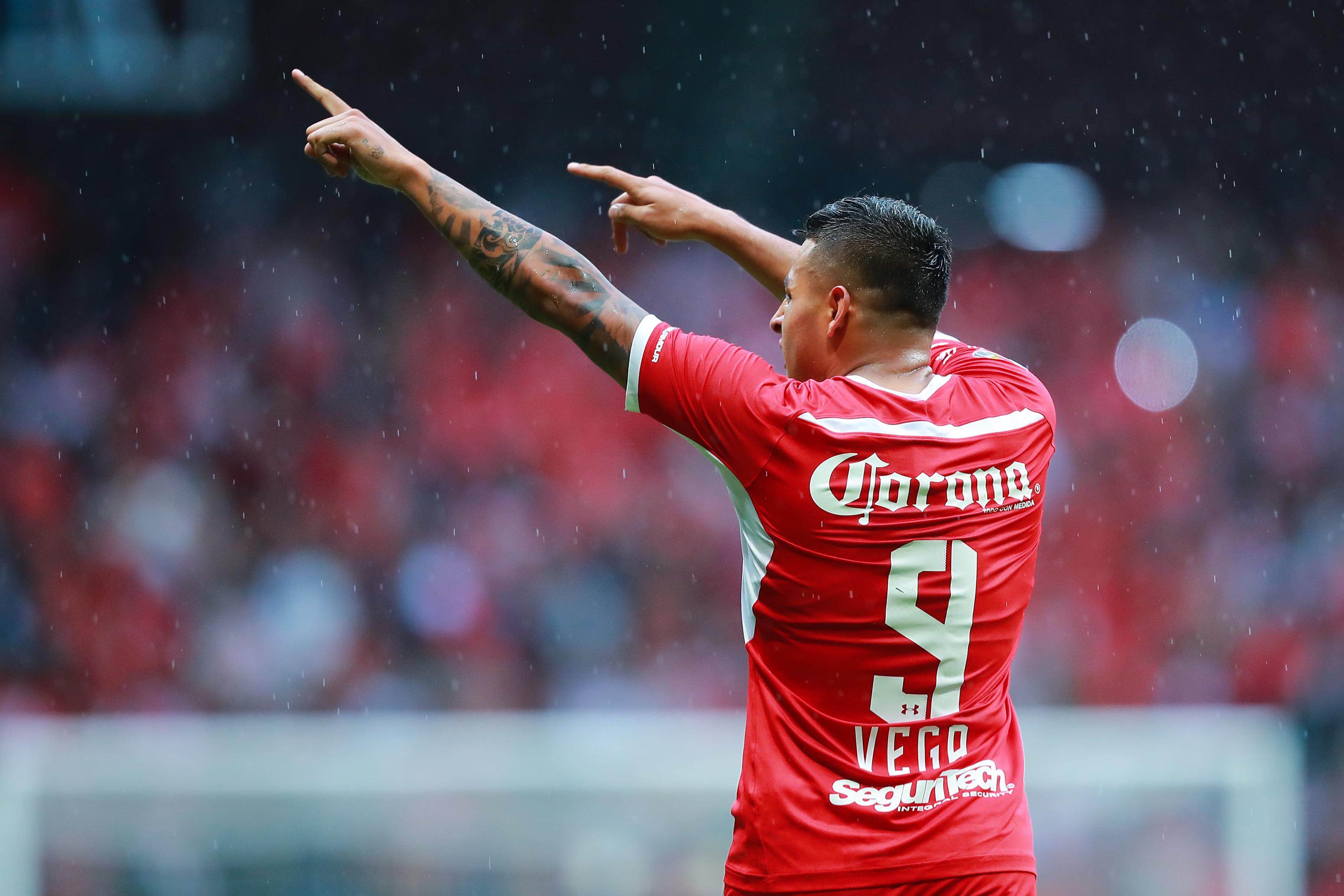 Alexis Vega, Liga MX, Chivas, Fichaje Los Pleyers