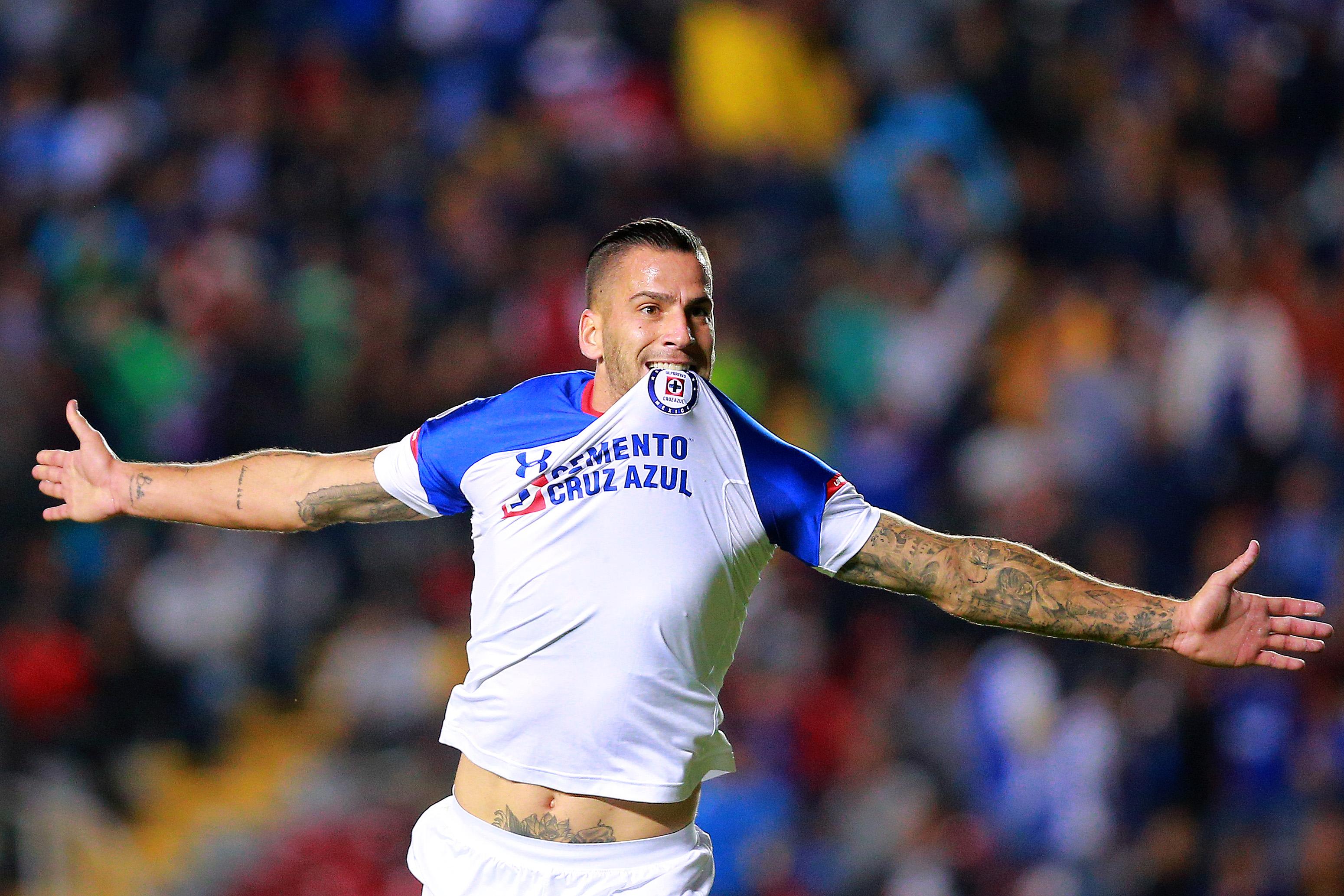 Cruz Azul no sufre resaca de superlíder y tiene un pie en Semifinales [Goles]. Noticias en tiempo real