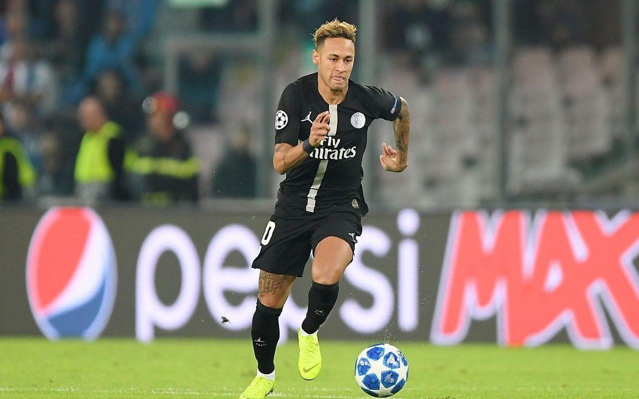 Neymar, Aplaudir, Aficionados, PSG, Cobra, Bono
