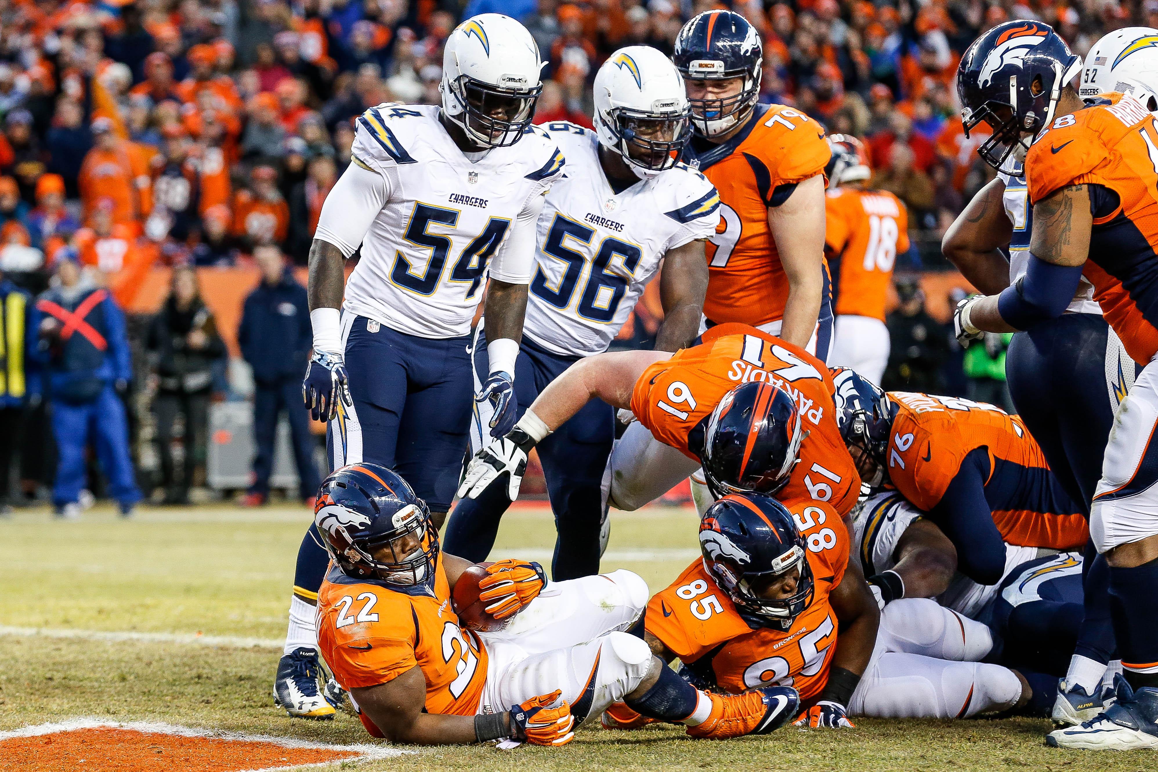 Broncos-Chargers y Falcons-Cowboys: la temporada está en juego. Noticias en tiempo real