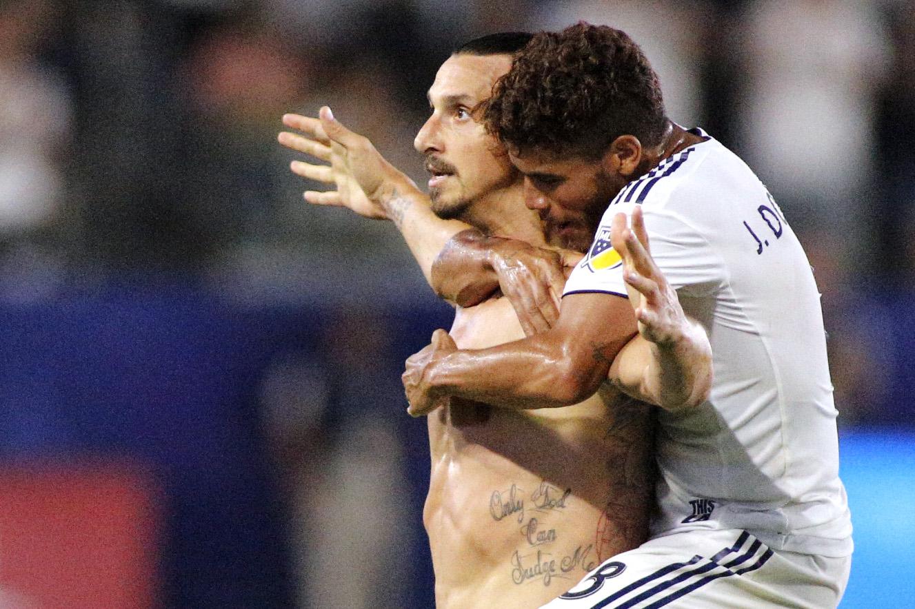 Zlatan Ibrahimovic Separaría Hermanos Dos Santos
