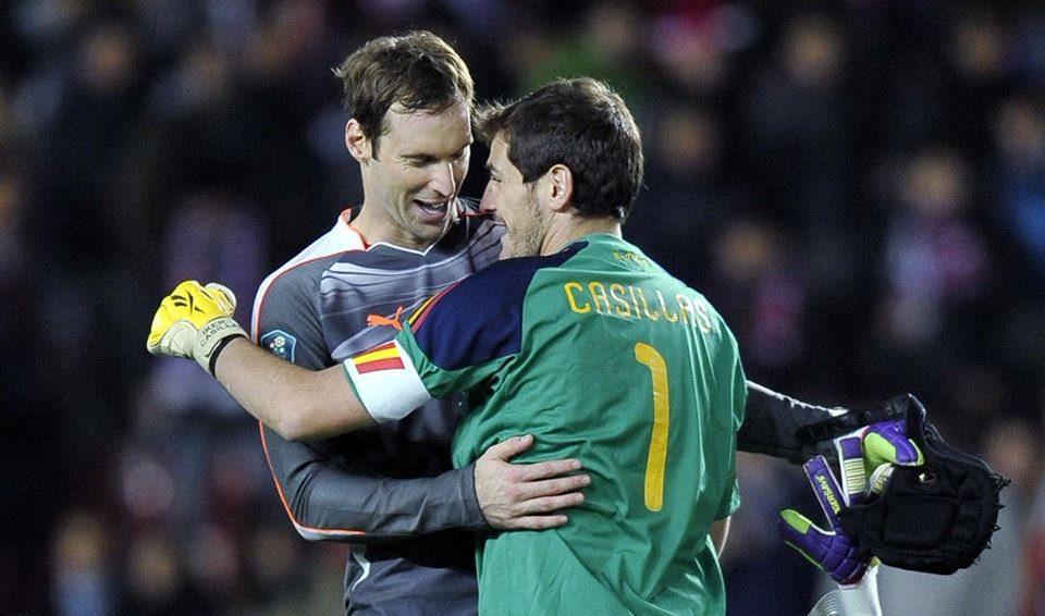 Petr Cech, Portero, Retiro, Futbol, Casco